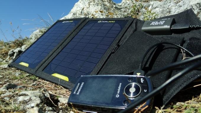 solar-panels-camping